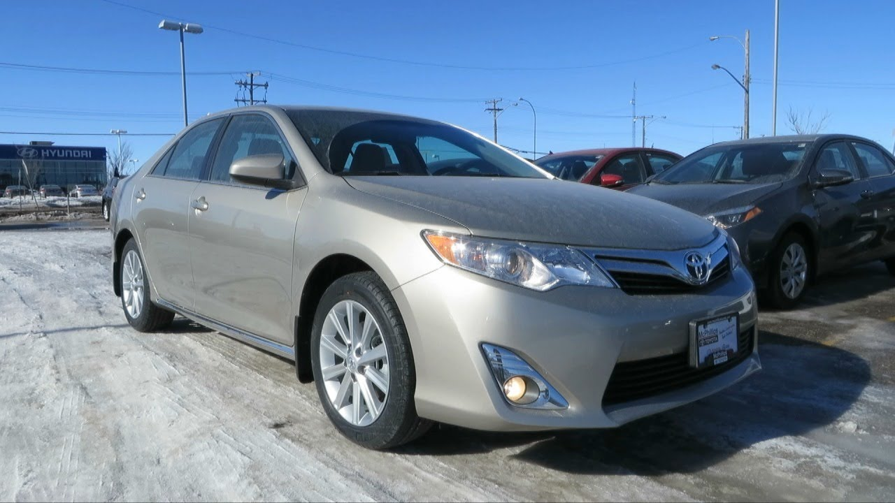 2014 toyota camry xle start up walkaround and full vehicle tour youtube. Black Bedroom Furniture Sets. Home Design Ideas
