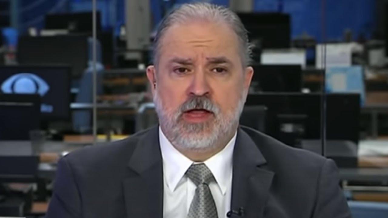 Notícias - Legislativo, PGR e Judiciário não comentam divulgação de vídeo - online