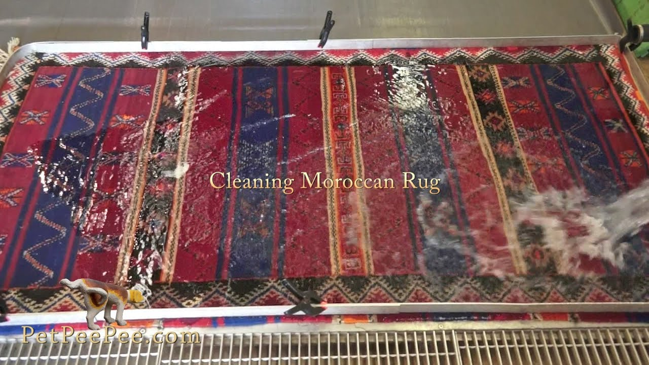 Cleaning Moroccan rug- - YouTube