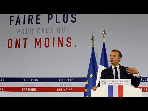 Presidente francês lança plano anti pobreza
