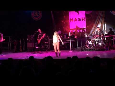 Danielle Bradbery - So Small (Live) - Eisenhower Park, NY - September 6, 2014