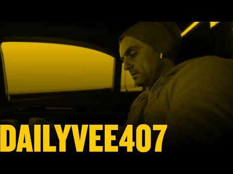 Did You Know People Are Giving Away Things for Free on Craigslist for You to Sell? | DailyVee 407