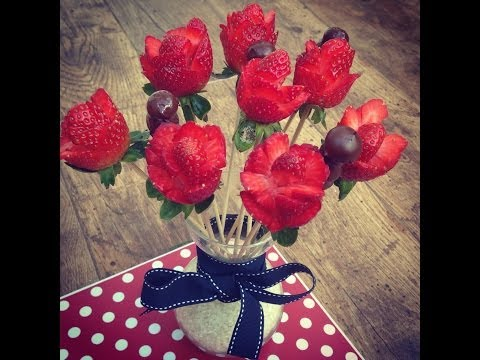 Strawberries bouquet, how to make strawberries roses