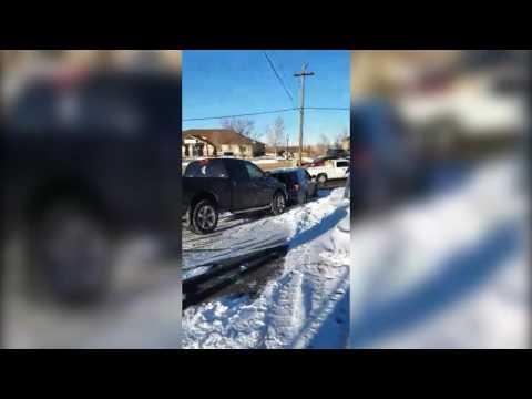 Good Samaritans Help Stuck Casper PD Unit