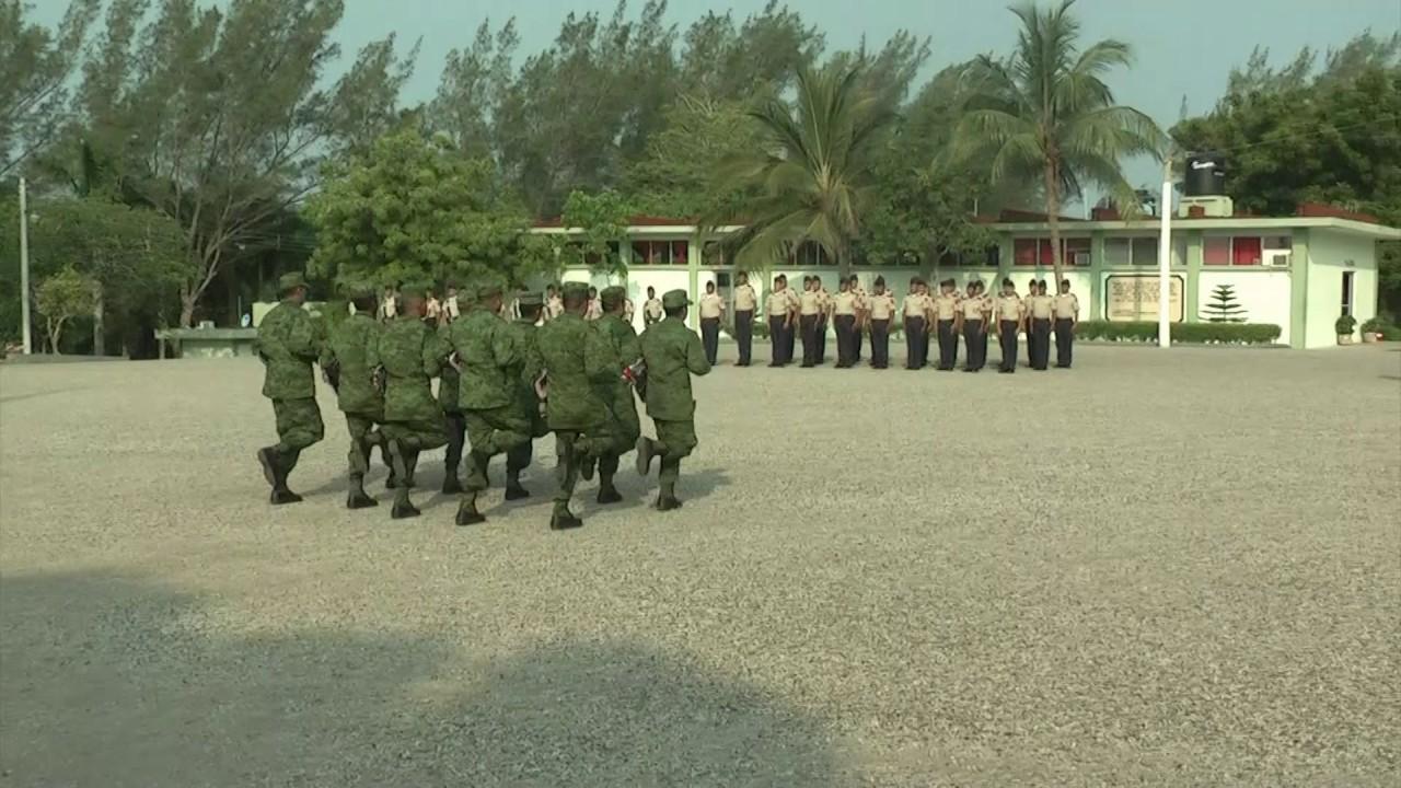 Entrega Sedena uniformes a personal de tropa del batallón ...