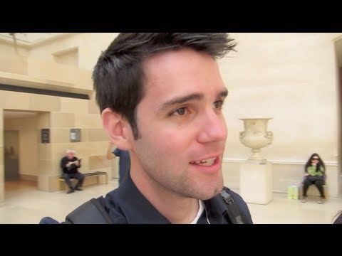 Walk & Rock Through the Louvre! Adam & Franze Go to Paris - Part 4!