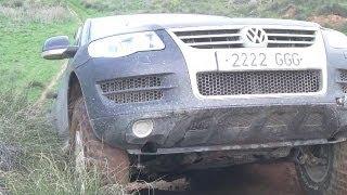 VW Touareg Vs. Nissan Patrols GR & Cherokee 4x4, Path to Hell. Estrecho del infierno
