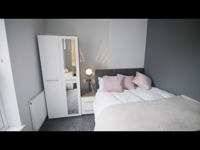 Double Bedroom with Ensuite Available Now  Main Photo