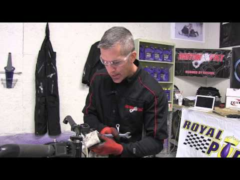 700 Ski Doo mod sled Ep #24 PowerMadd riser, extended brake, throttle cable install! PowerModz!