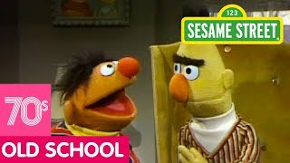 Sesame Street: Bert and Ernie's Pretending Game