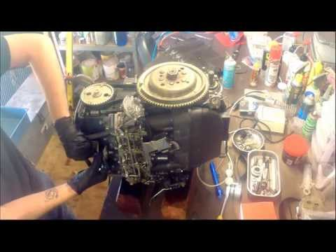 How to remove the cylinder head from a Yamaha 50HP four stroke outboard motor