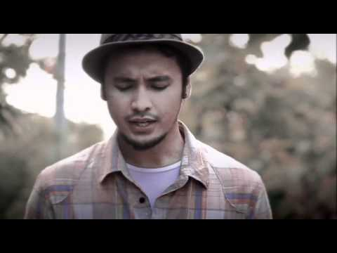 "Ello music video ""Benci Tapi Rindu"""