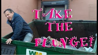 DUMPSTER DIVING DAILY ~ FRUGAL DADDY'S CLIMBING IN!