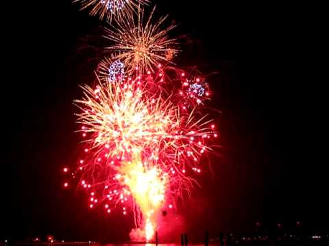Kaboom! Fireworks on the Navesink - Red Bank, NJ - July 3 2011
