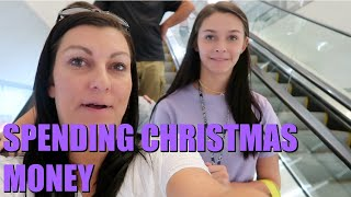SPENDING OUR CHRISTMAS MONEY! COME SHOP WITH ME! EMMA AND ELLIE