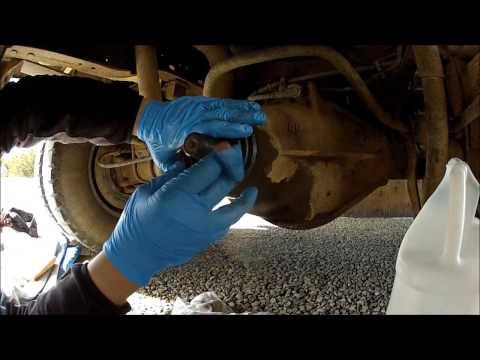 Dana 80 Yoke removal & Seal Replacement