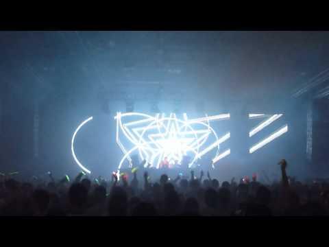 Hot X - Live @ Hyperspace 2011 (Part II) (HD)
