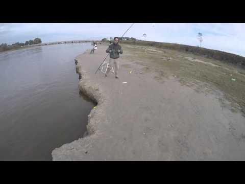 Pesca de pejerrey en don eduardo y la cascada canal 15 -Rio salado 2016