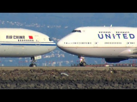 San Francisco International Airport aircraft operations