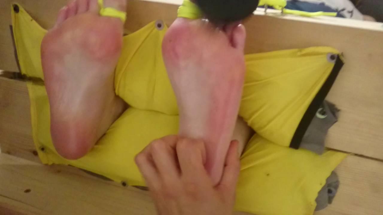 Füße kitzlige KITZELFüßE: URSACHEN
