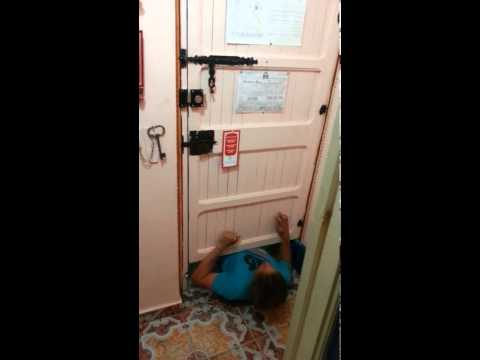 Moroccan House Marrakech: How to break into a room
