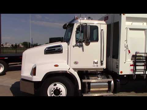 2019 Western Star 4700SB Refuse - Recycle truck with Cummins Power