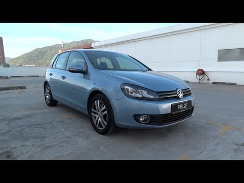 2011 Volkswagen Golf TSI Start-Up and Full Vehicle Tour