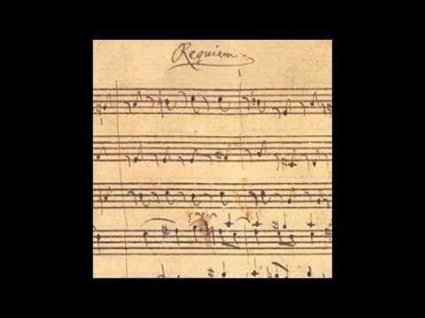 Mozart: Requiem (Karajan)
