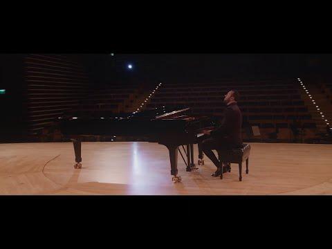 Смотреть клип Mateusz Mijal - Zacznij Od Bacha
