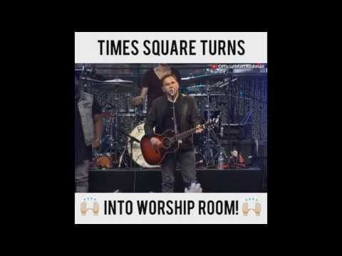 God turns Times Square into worship service A real MUST WACH if there ever was one