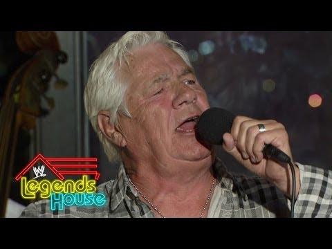 "Pat Patterson sings ""My Way"": WWE Legends' House, June 12, 2014"