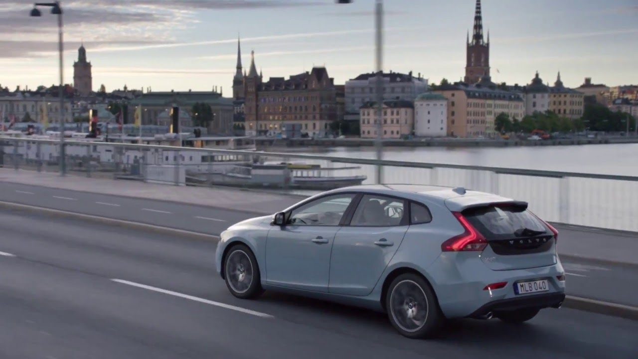 anuncio volvo v40 2016 versi n extendida youtube. Black Bedroom Furniture Sets. Home Design Ideas