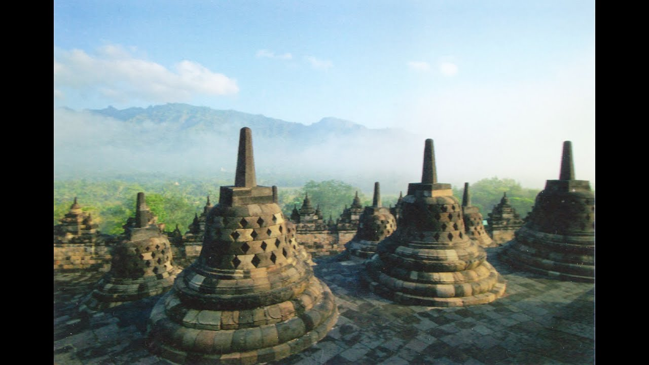 BOROBUDUR TEMPLE : world leader whom have visited