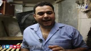 بالفيديو.. مراحل تصنيع 'كحك' العيد