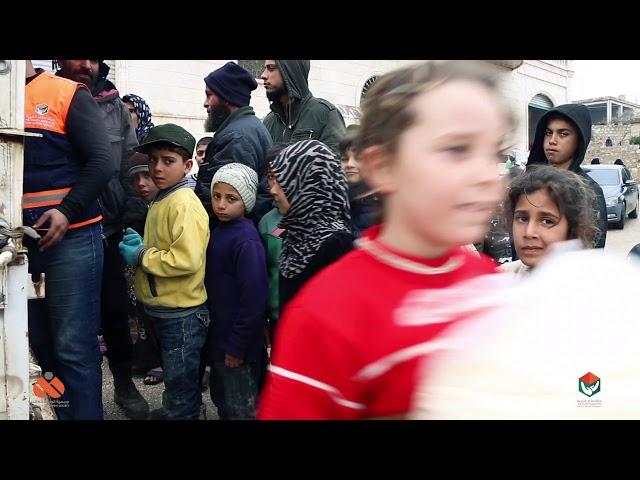 توزيع الخبز المجاني على العوائل في ريف إدلب