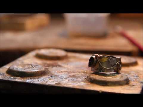 Julie Anne Palmer - Bespoke Jewellery Designer / Maker (w/o voiceover)