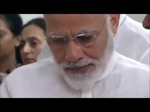 PM Narendra Modi pays last respects to party's senior leader Smt. Sushma Swaraj at her residence.