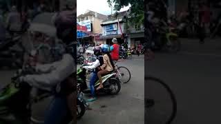 Video Jember Berdarah antara BONEK VS PSHT O4 OKTOBER 2017 download MP3, 3GP, MP4, WEBM, AVI, FLV September 2018