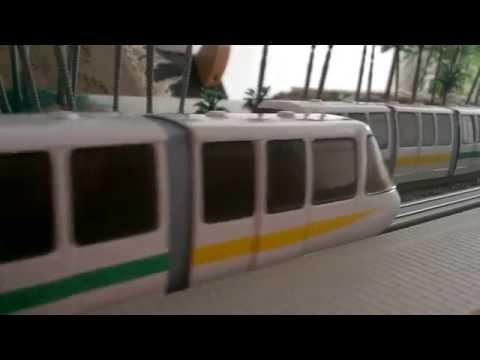 Disney Darling Harbour model rail monorail railroad train HO scale working motorised