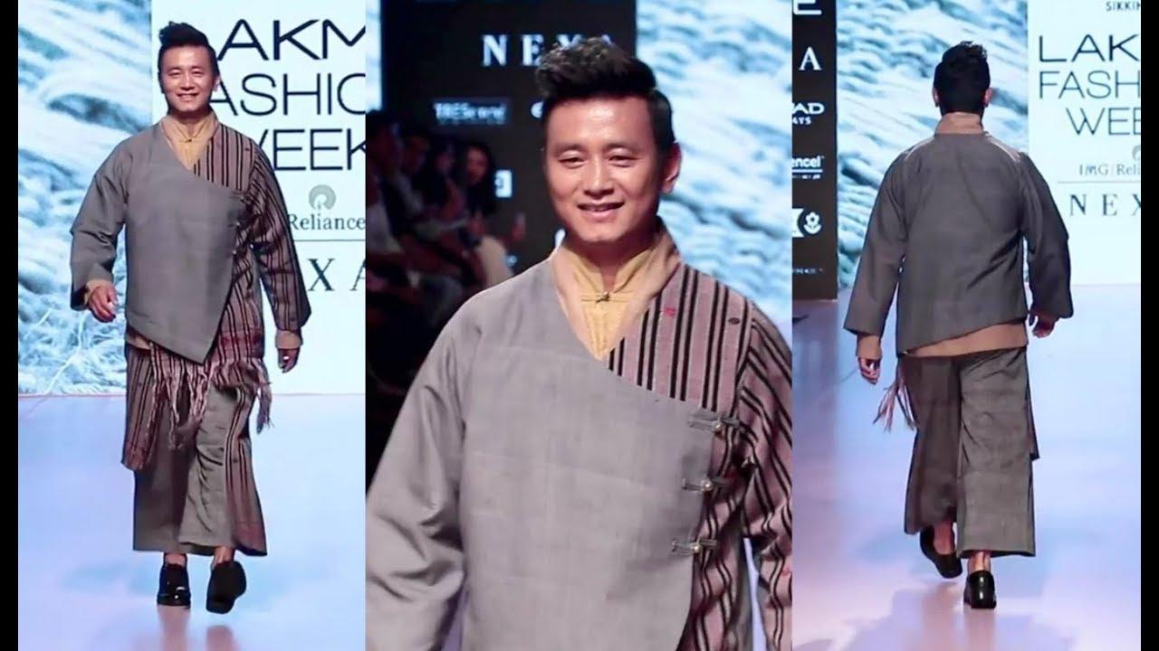 Baichung Bhutia Ramp Walk At Lakme Fashion Week 2018 Day 2