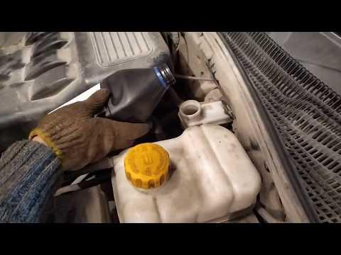 Прокачка жидкости гидропривода сцепления Chevrolet Lacetti