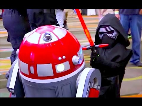 BEST Cosplay of Star Wars Celebration 2017 Orlando - 501st, Leia, and More