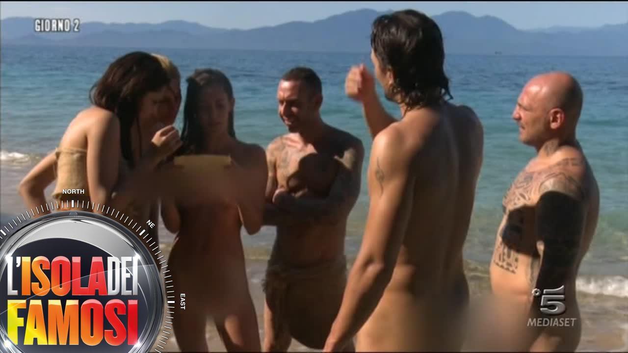 LIsola dei Famosi 2016  I Desnudi devono tornare nudi