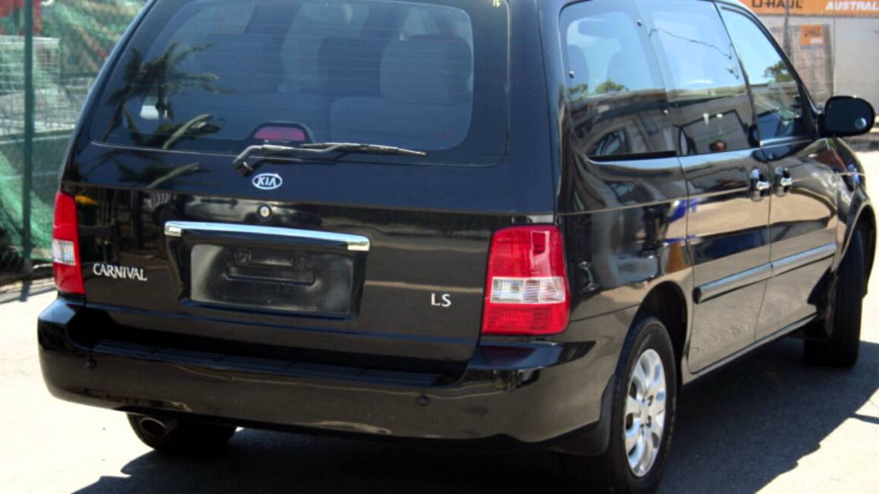 2004 kia carnival kv11 ls black 4 speed automatic wagon youtube. Black Bedroom Furniture Sets. Home Design Ideas