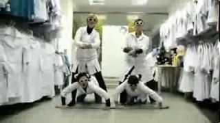 видео Халаты медицинские женские
