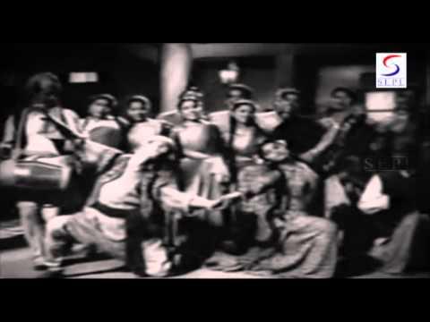Roti Bin Jeevan Hai - Shankar Dasgupta, Suman Kalyanpur - DO ROTI - Balraj Sahni, Nirupa Roy