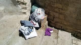 Rifiuti ed incuria nel centro storico a Ruvo
