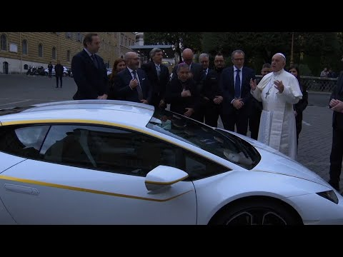 Pope Gets Special-Edition Lamborghini