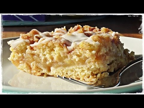 saftiger apfelkuchen mit streusel blechkuchen youtube. Black Bedroom Furniture Sets. Home Design Ideas