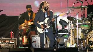 "Ziggy Marley Performs ""One Love"" Live at California Roots 2014"